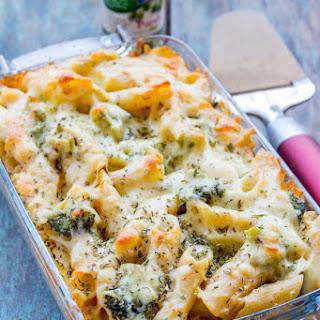 Easy Cheesy Broccoli Pasta Bake