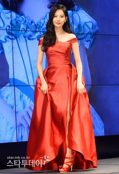 seohyun gown 17
