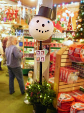 Photo: Holiday Themed Toppers for your outdoor lamp post!  You can change your lamp post's appearance for every season!