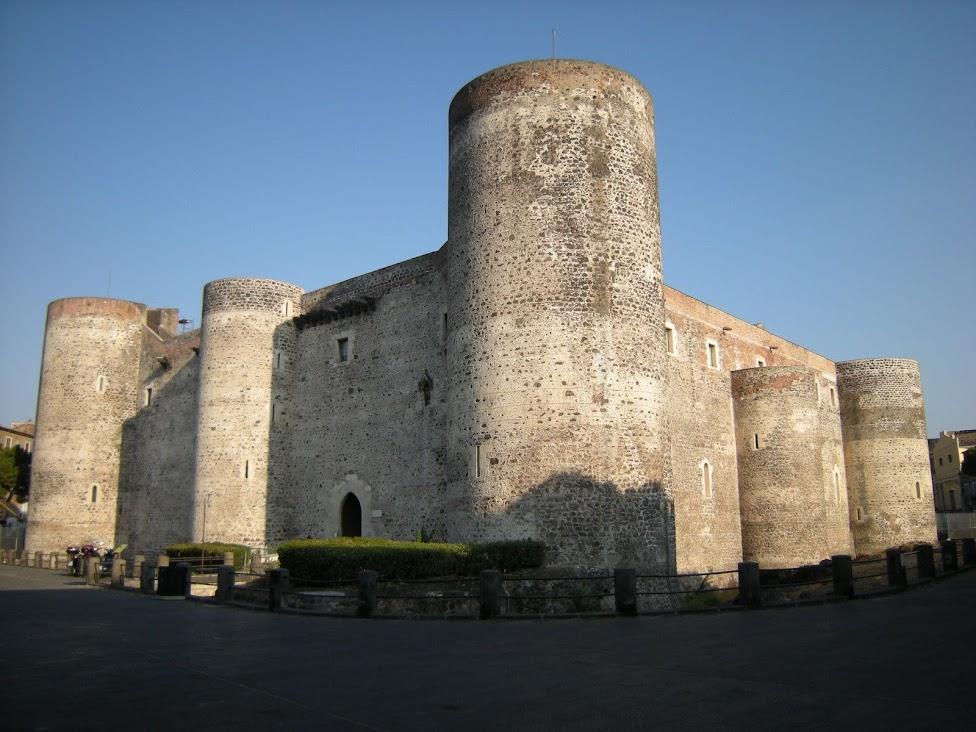 Katania, Zamek Ursino