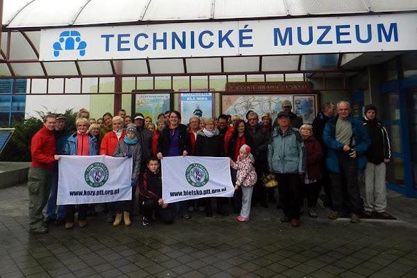 nasza grupa przed Muzeum Techniki Tatra w Koprivnicy