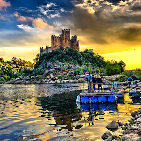 Almourol Castle by Luis Palma - Buildings & Architecture Public & Historical