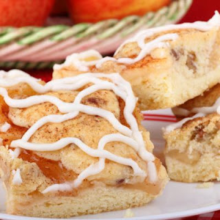 Cinnamon Apple Streusel Bars