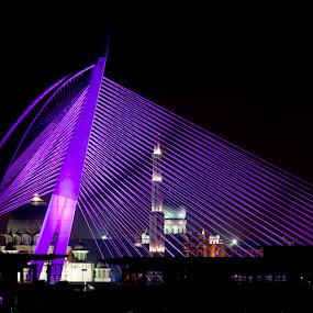 Seri Wawasan Bridge at night in Putrajaya, Malaysia by Zam Foto - Travel Locations Landmarks ( pwclandmarks )