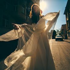 Wedding photographer Vasiliy Tikhomirov (BoraBora). Photo of 01.04.2015