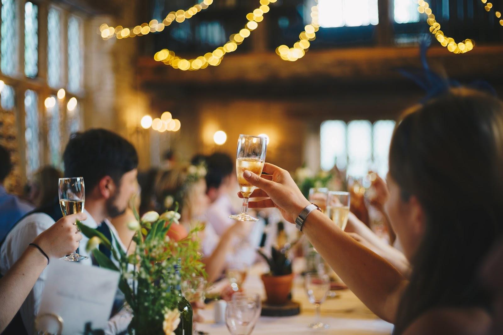 Example Scenario: Wedding Reception