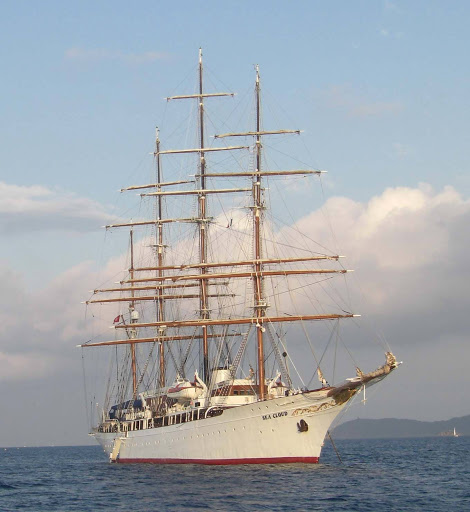 Sea_Cloud.jpg - The 4-masted barque Sea Cloud rests in Porquerolles harbor, France.