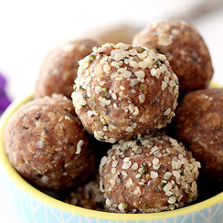 5 Minute High Protein Raw Energy Bites.
