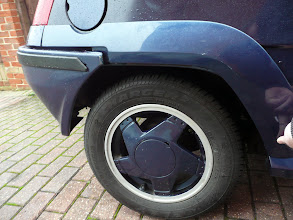 Photo: Offering up the rear arches.. still need rear bumper brackets to sort that SAG out.