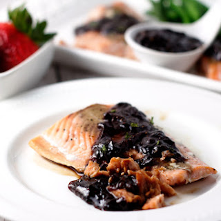 Roasted Salmon with Strawberry Balsamic Reduction