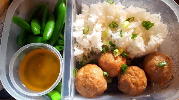 Asian Style Turkey Meat Balls & White Rice Recipe