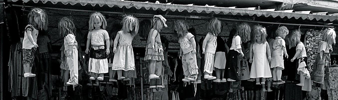 Solo bambole? di Alessandra Alba