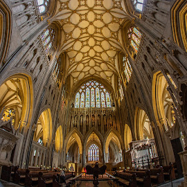 Wells Cathedral. by Simon Page - Buildings & Architecture Places of Worship
