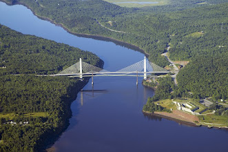 Photo: Penobscot Narrows Bridge and Fort Knox