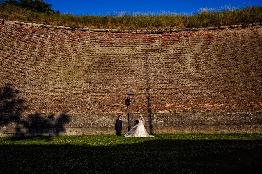 Wedding photographer Casian Podarelu (casian). Photo of 25.07.2017