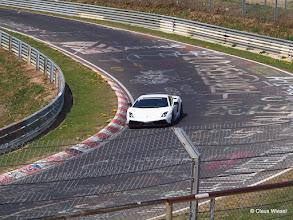 Photo: Gallardo LP 570-4 Superleggera Lamborghini Gallardo LP570-4 Superleggera Im März 2010 stellt Lamborghini die aktualisierte Version des Superleggera vor. Als Basis hierfür dient der LP 560-4, dessen Leistung um 10 PS auf 570 PS (419 kW) angehoben wurde. Gleichzeitig wurde auch das Gewicht auf 1340 kg reduziert.