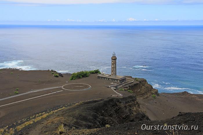 Часть острова Фаял после извержения вулкана Капелиньюш
