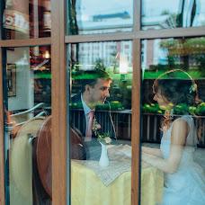 Wedding photographer Anton Uglin (UglinAnton). Photo of 12.01.2017