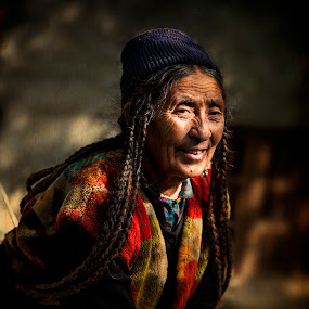 the Spotlight is on her by Jasminder Oberoi - People Portraits of Women ( canon, drokpas, faces, vanishing tribe, travel, people, nomadic ladakh, light chasers, india, light, canon 5d mark ii, workshop, tribe, incredible india, jammu and kashmir, ladakh, places, nomads, dah, aryan woman, portrait, expressions, hanu, aryan valley, leh, photo tour, brokpas, klik, masterclass, jas fotography )