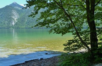 Photo: Glasklar und smaragdgrün ist das Wasser des Königssees. 2