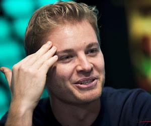 🎥 Ex-wereldkampioen Nico Rosberg klopt voormalig McLaren-rijder en triomfeert in Challenge Heineken Legends