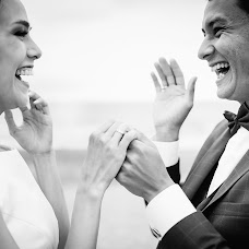 Wedding photographer Sergey Grin (GreenFamily). Photo of 22.10.2017