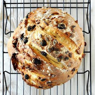 7 Ingredient Muesli Bread