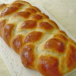 Sunday Sweet Braided Bread – Delicious German Zopf.