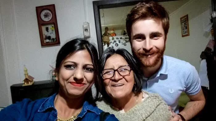 chilean+family+castro+chiloe+chile.jpg