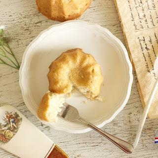 Mary Todd's Vanilla Almond Cake - Vegan Style