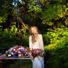 Wedding photographer Alena Mezhova (MezhovA). Photo of 10.05.2016