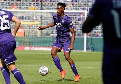 Albert Sambi Lokonga spreekt over mogelijk vertrek bij RSC Anderlecht