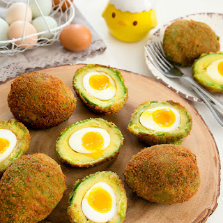 Crispy Eggs in Avocados Recipe