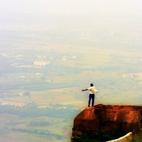 4,851 ft  above Sealevel by S Nair - City,  Street & Park  Neighborhoods ( nandi hills )