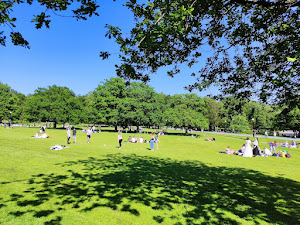 Urban park - Slottsskogen