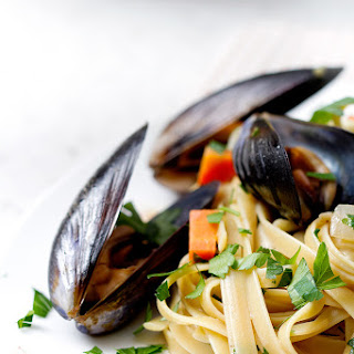 Let's Eat | Beer Fettuccine with Mussels