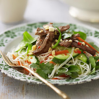 Flash Fried Beef and Vermicelli Salad