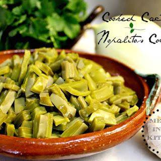 How to Cook Cactus Paddles (Nopales) / Cómo Cocinar Nopales