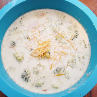 Crock Pot Broccoli Cheddar Soup
