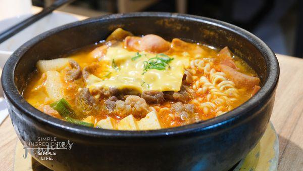 有沒有一種味道讓你吃了以後會想再去|微風台北車站 韓虎嘯韓式料理餐廳
