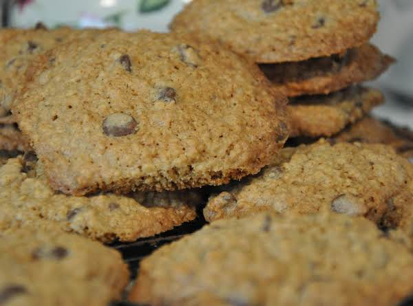 Katy's Chocolate Chip Oatmeal Cookies