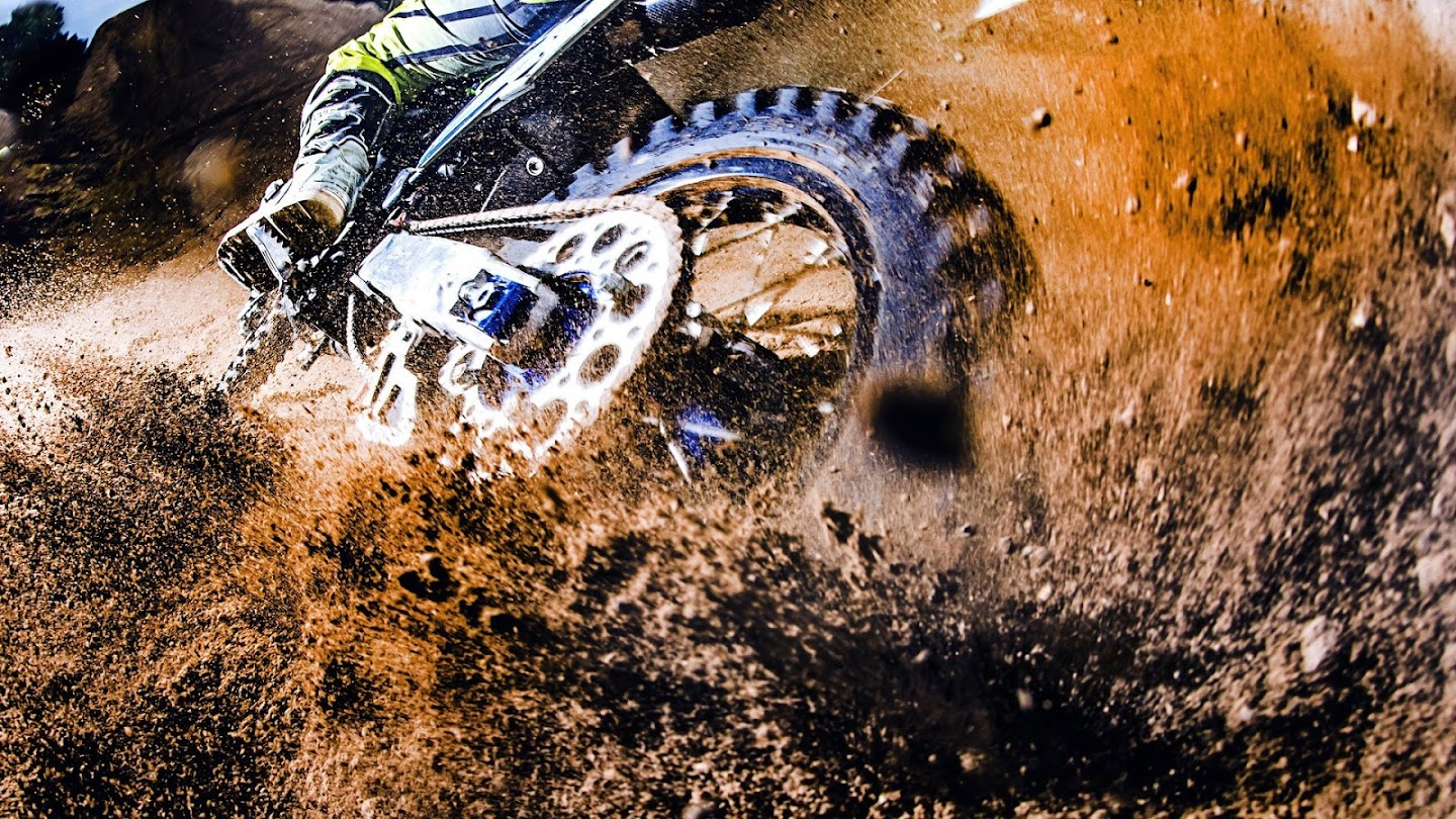 Watch Monster Energy Supercross Preview live