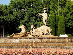 Photo: #006-La fontaine Neptune sur le Paseo Prado
