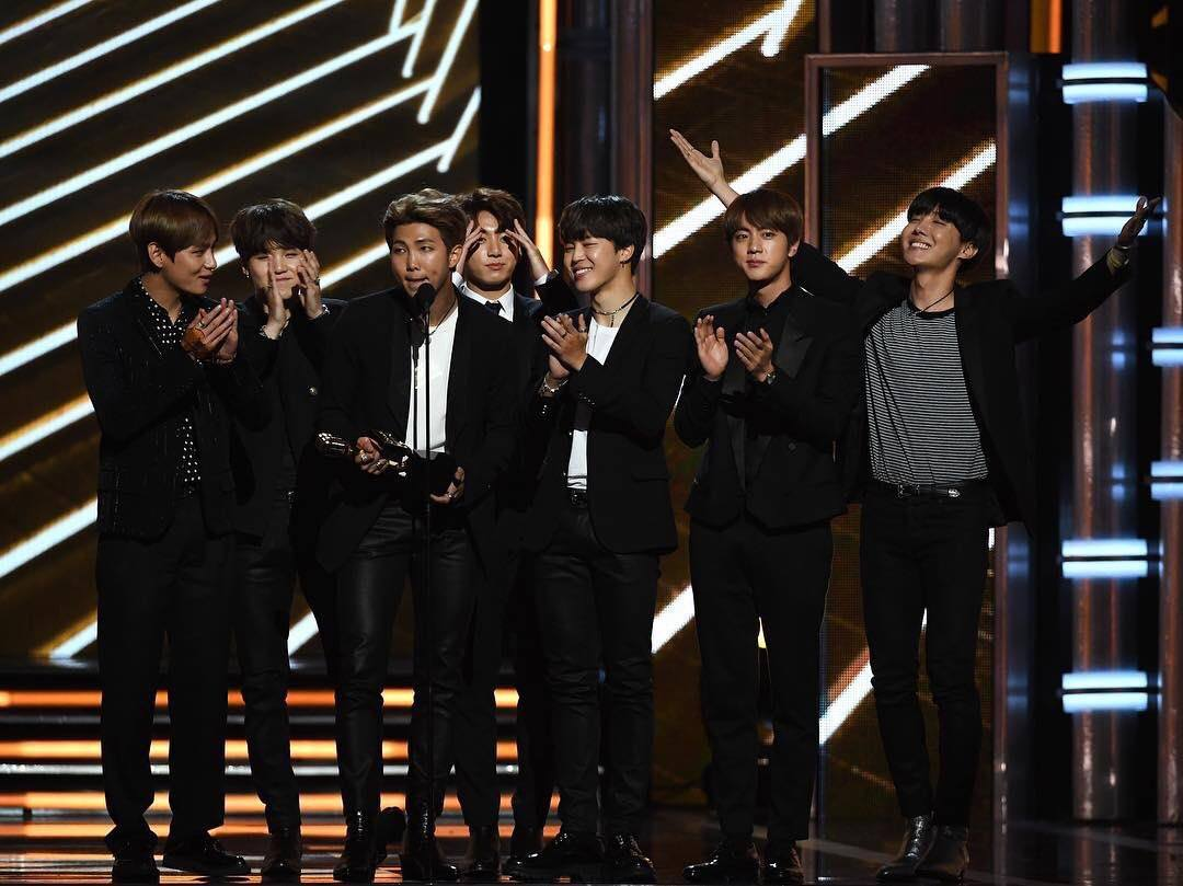Bts Wants To Perform At The 2018 Billboard Music Awards