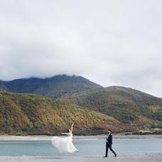 Wedding photographer Yaroslav Dmitriev (Dmitrievph). Photo of 23.11.2017