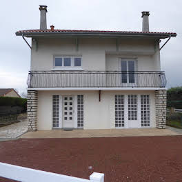 Maison 7 pièces 197 m2
