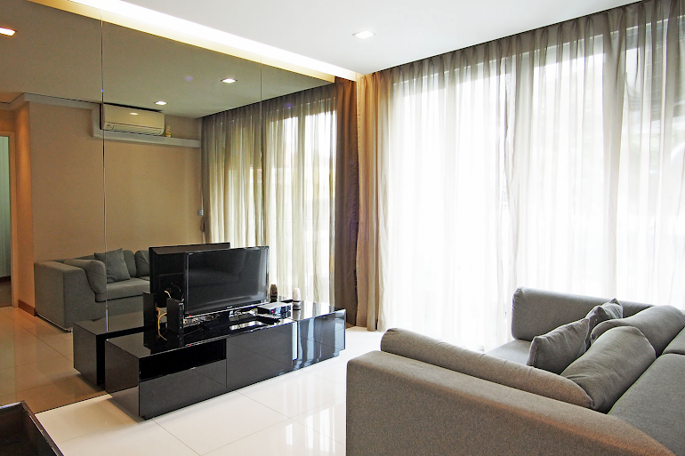 Comfy living area at Geylang Apartments, Chinatown