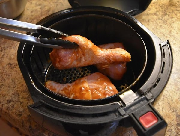 At 400'F cook the chicken drum sticks for 20 minutes.  Then flip over...