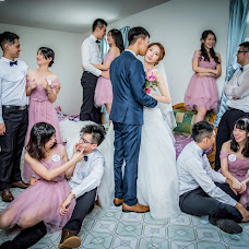 Wedding photographer Yixing Yang (penguinyang). Photo of 25.12.2017