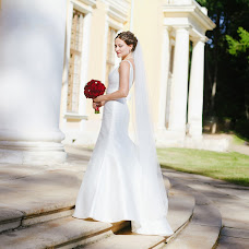 Wedding photographer Sveta Obolenskaya (svetavesna). Photo of 31.08.2015